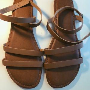 PacSun sandals